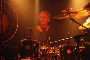 Mani Neumeier Solo (Guru Guru) Support: Electric Trick (Impro-Jam-Band)